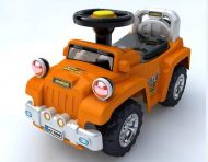 Baby Mix lábbal hajtható zenélő és világító terepjáró gyerekeknek narancs színben