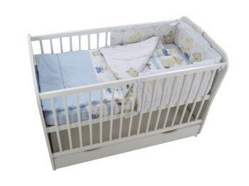 MamaKiddies Sofie Dreams 4 részes ágynemű 180°-os rácsvédővel macis mintával világoskék-fehér színben