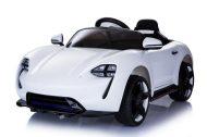 Limited edition távirányítós elektromos autó fehér színben