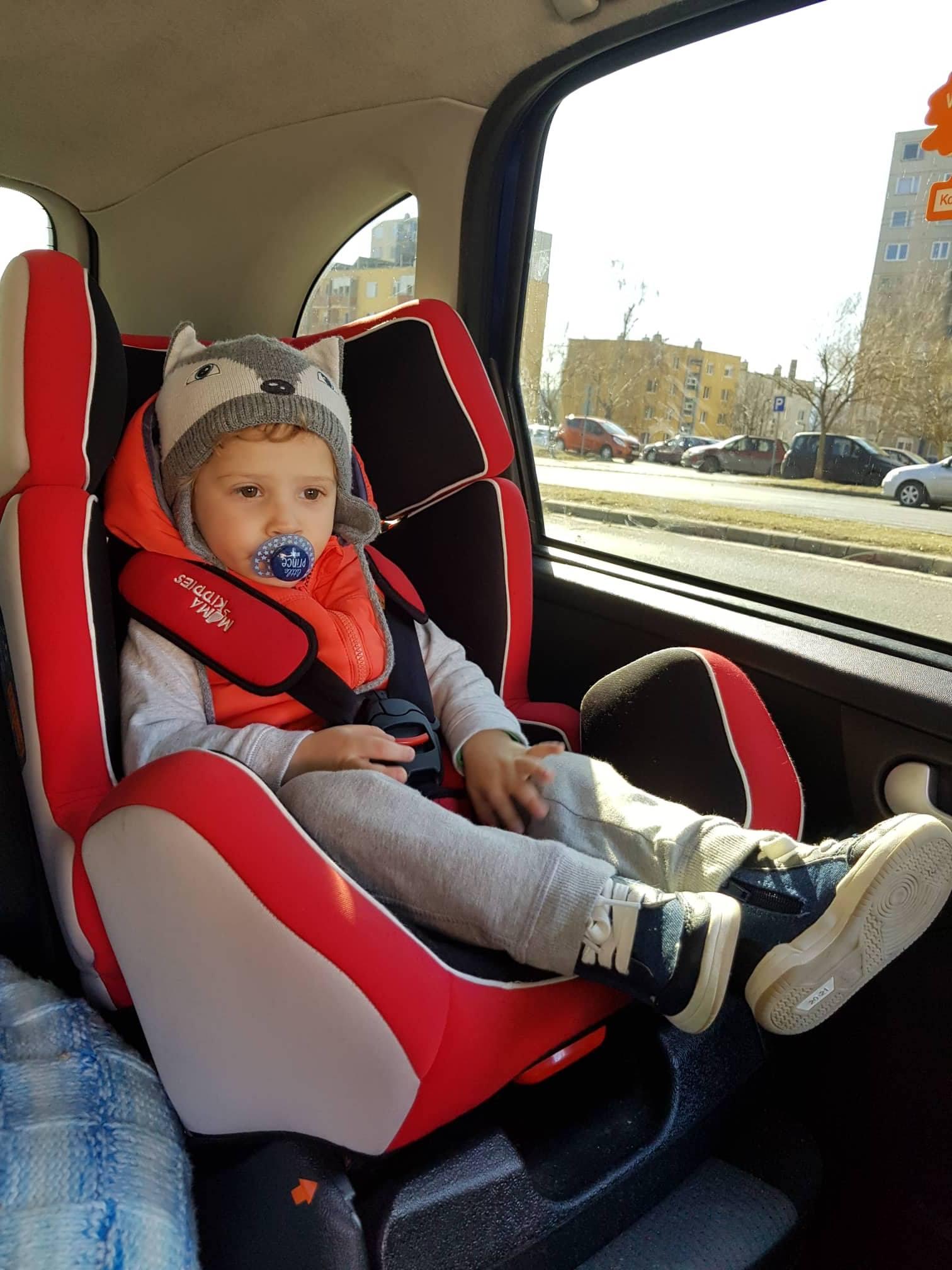 MamaKiddies autós gyerekülés fényképes vásárlói vélemény